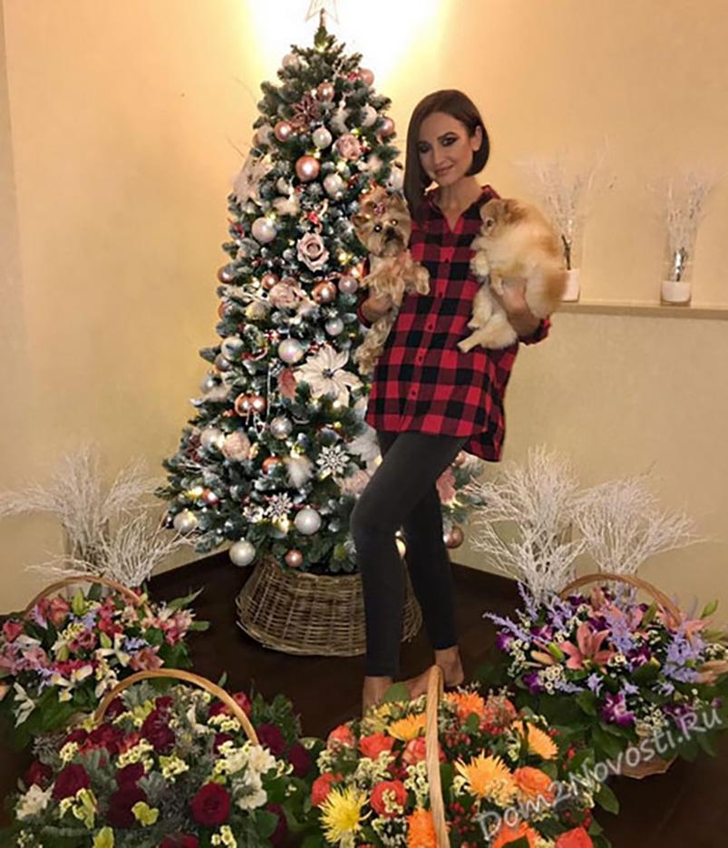 Ольга Бузова. Певица, телеведущая