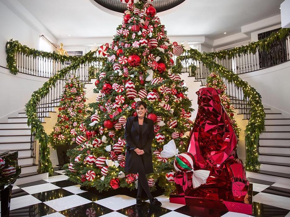 У кого красивее? Парад новогодних елок знаменитостей
