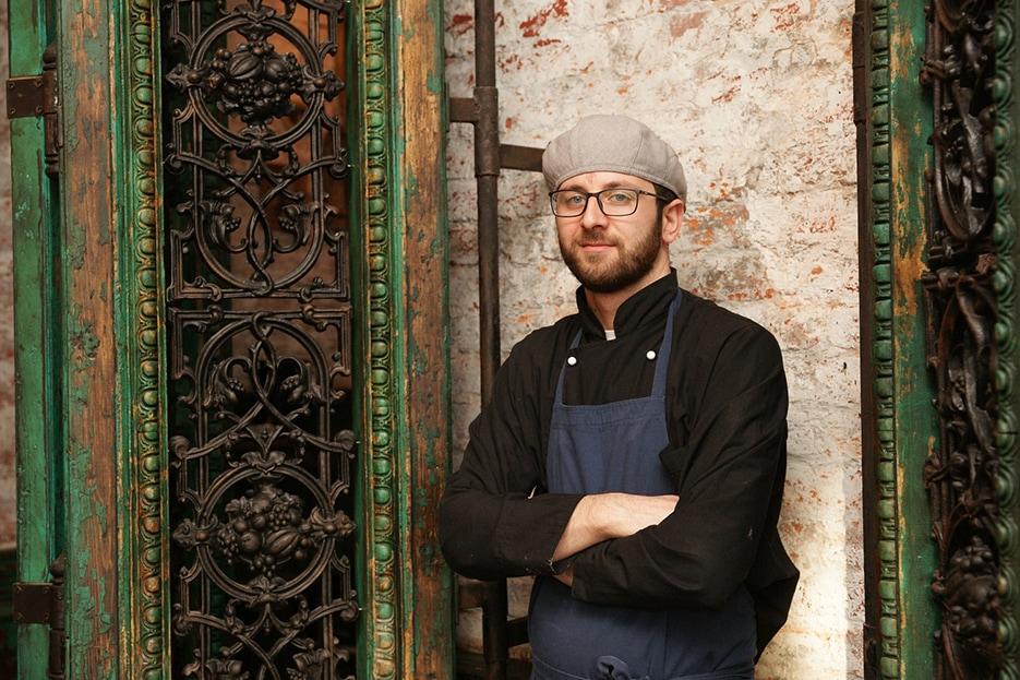 Шеф-повар ресторана «Казбек» Мамия Джоджуа